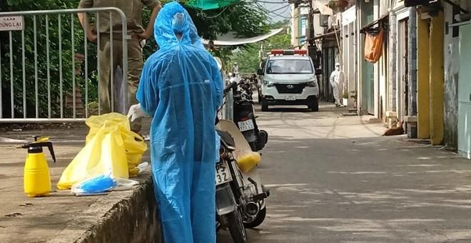 Hà Nội công bố ca Covid-19 cộng đồng ở Hà Đông, thêm hai phường mới ở Long Biên có F0 ảnh 1