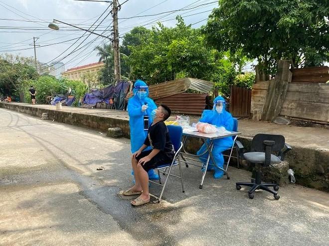 Ghi nhận 5 ca Covid-19 trong ngày 23-9, Hà Nội yêu cầu bệnh viện tuyệt đối không chủ quan ảnh 1