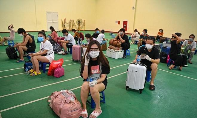 Hà Nội đón người dân ở ngõ 328-330 Nguyễn Trãi trở về, cả nước thêm 8.537 ca Covid-19 mới ảnh 1