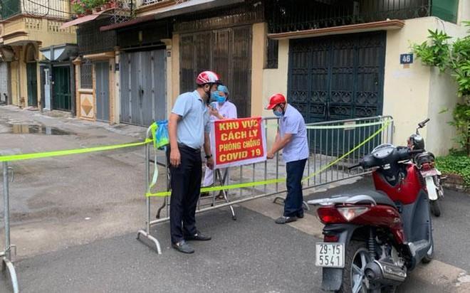 Hà Nội: Phát hiện ca Covid-19 mới ở phố Trần Nhân Tông, nơi từng là ổ dịch đã hết phong toả ảnh 1