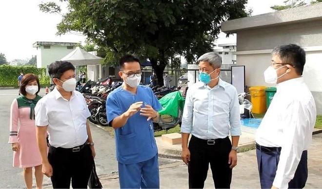 Cả nước thêm 9.362 ca nhiễm mới, TP HCM sẽ nới lỏng giãn cách xã hội từ 1-10 ảnh 1
