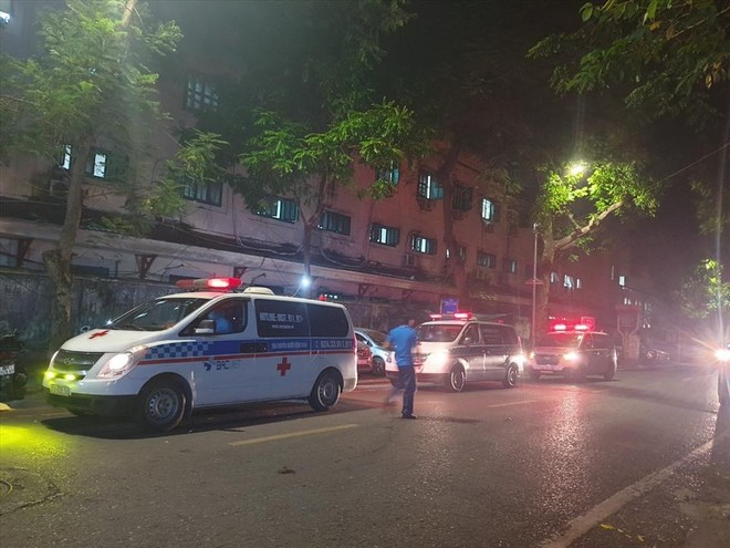 Hà Nội: Hai bố con ở Hà Đông cùng hai người ở Bệnh viện Việt Đức dương tính ảnh 1