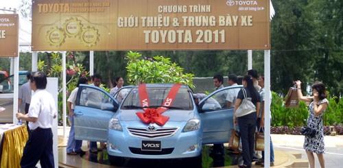 Trưng bày các dòng xe Toyota 2011 ảnh 1