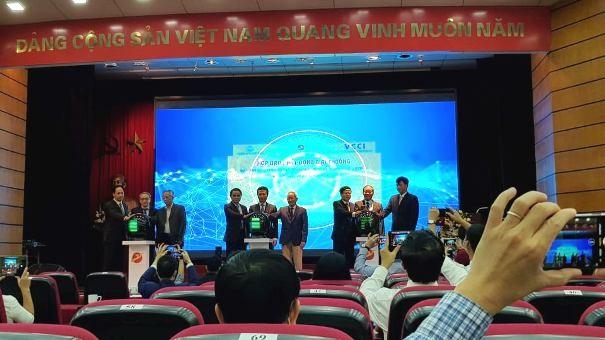 """Lần đầu tiên tổ chức giải thưởng """"sản phẩm công nghệ số make in Vietnam"""" ảnh 1"""