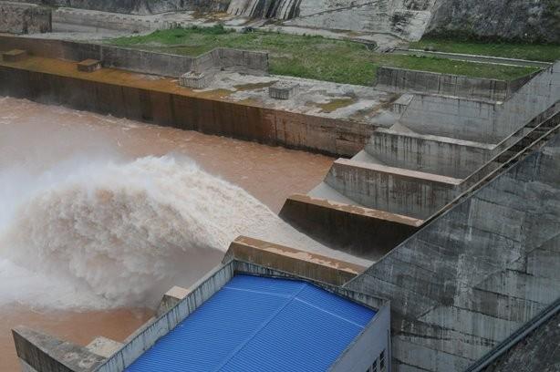 Phạt 130 triệu đồng, thu hồi giấy phép của Thủy điện Thượng Nhật ảnh 1