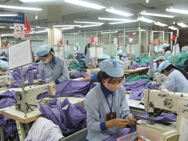 Hàng dệt may xuất khẩu vào EAEU có nguy cơ vượt ngưỡng ảnh 1