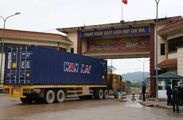 Trung Quốc lại kiểm soát chặt hàng hóa nhập khẩu vì lo ngại Covid-19 ảnh 1