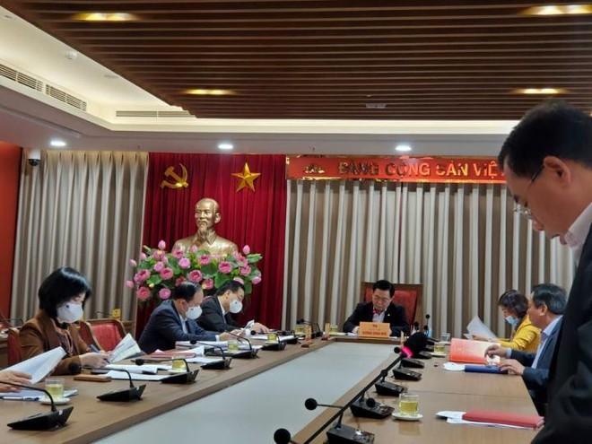 Bí thư Thành ủy Hà Nội: Bảo đảm vaccine phòng Covid-19 cho toàn bộ người dân Thủ đô ảnh 1