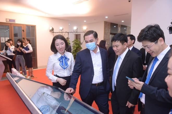 EVN Hà Nội ra mắt hệ sinh thái chăm sóc khách hàng ảnh 1