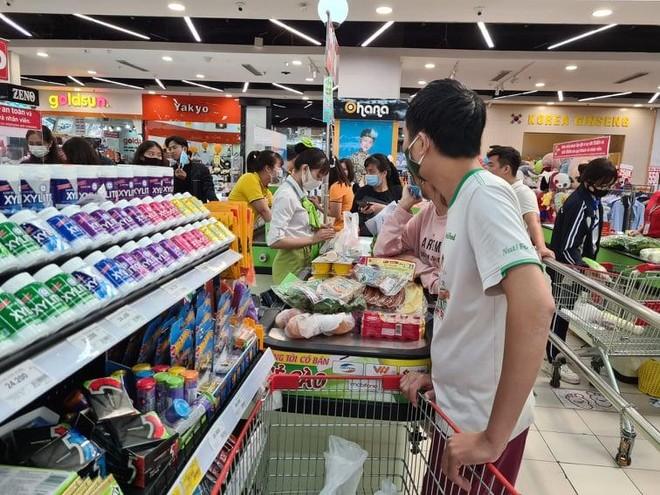 Hà Nội: Dữ trữ hơn 194.000 tỷ đồng hàng hóa phục vụ nhân dân khu vực cách ly ảnh 1