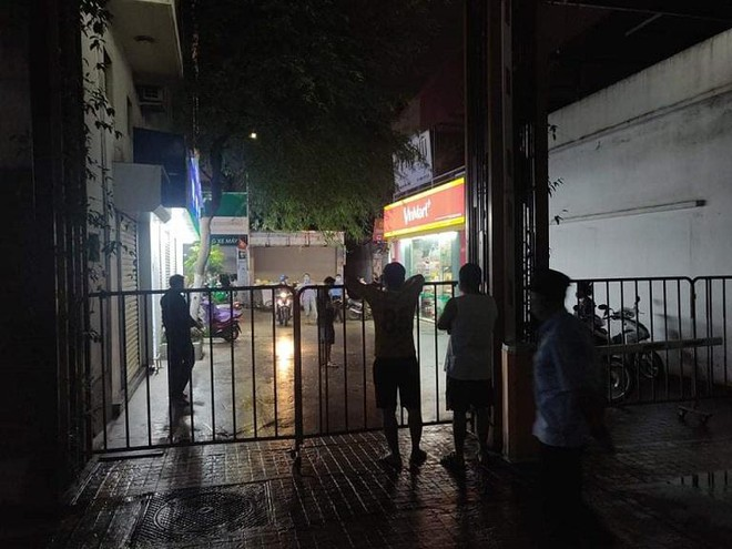 Hà Nội: Cách ly tạm thời chung cư 60 Nguyễn Đức Cảnh do có ca nghi mắc Covid-19 ảnh 1