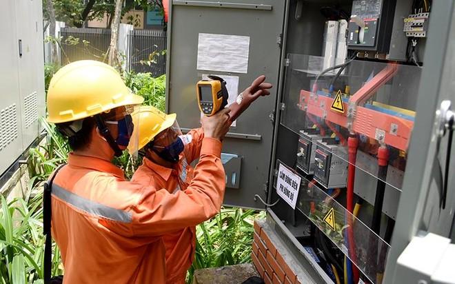 """Nắng nóng gay gắt, EVN khuyến cáo cách sử dụng điện tránh hóa đơn tăng """"sốc"""" ảnh 1"""