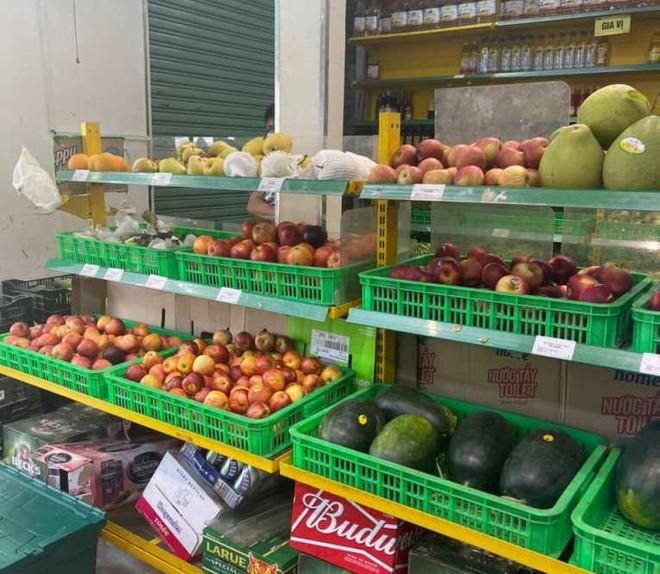 TP HCM: Mở lại chợ truyền thống, tình trạng thiếu hàng có được giải quyết? ảnh 1