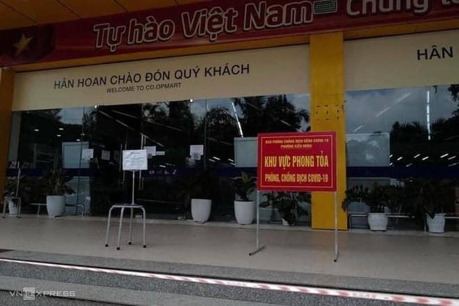 Hà Nội: Nhiều chợ, siêu thị tạm ngừng hoạt động do liên quan Covid-19 ảnh 1