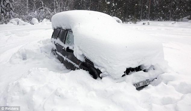 """Sống sót sau 2 tháng """"bị chôn"""" trong tuyết âm 30C ảnh 1"""