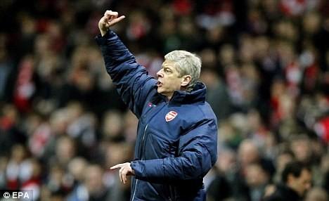 Dalglish yêu cầu FA mở cuộc điều tra về Wenger