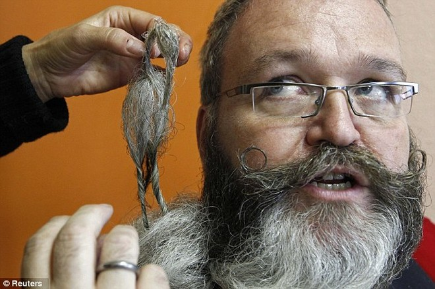 Giải vô địch dành cho những bộ râu ria kỳ lạ ảnh 3