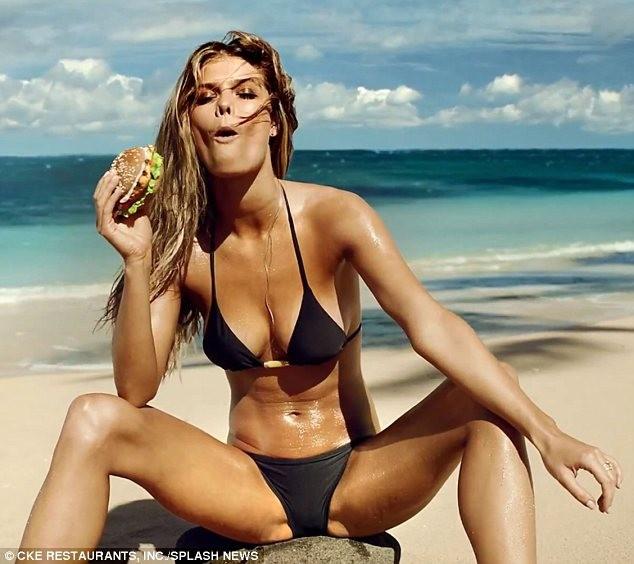 Nina Agdal nóng bỏng, quyến rũ cùng... sandwich ảnh 1
