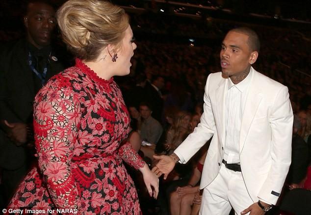 """Adele phủ nhận việc """"to tiếng"""" với Chris Brown ảnh 2"""