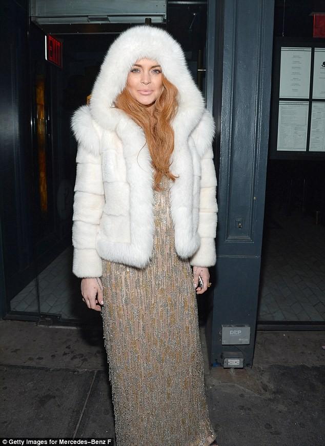 """Lindsay Lohan tự """"ra giá"""" cho bản thân ảnh 2"""