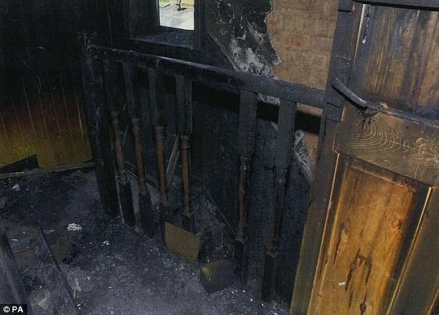 Thê thảm: Bố đốt nhà, 6 con nhỏ chết tức tưởi ảnh 4