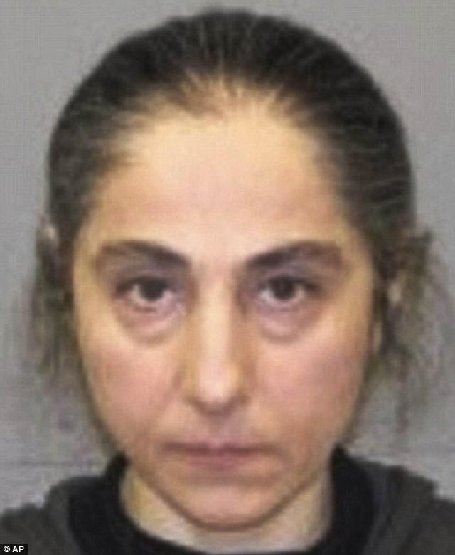 Anh em nhà Tsarnaev được nuôi dạy tư tưởng cực đoan từ bé ảnh 1