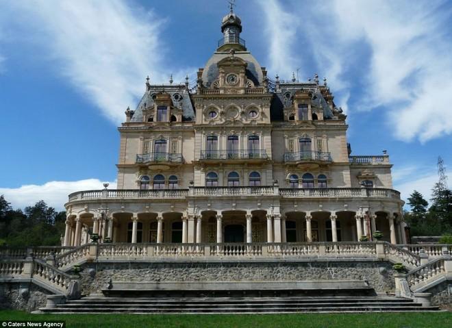 Pháp rao bán lâu đài của nàng Cinderella ảnh 1