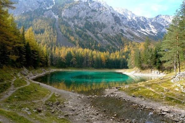Thú vị: Công viên cứ vào mùa hè lại biến thành hồ nước ảnh 13