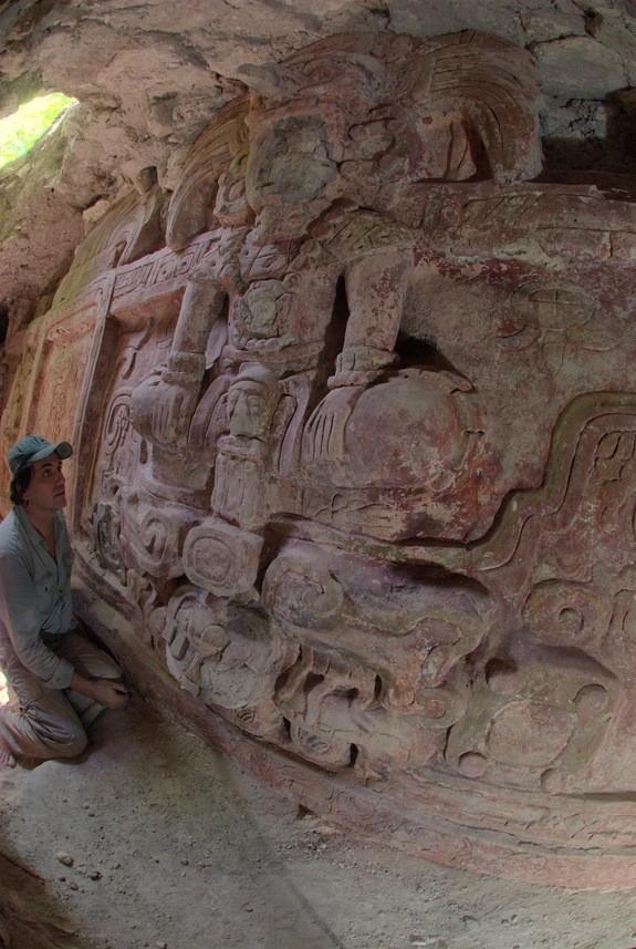 Phát hiện tuyệt tác khổng lồ của đế chế Maya ảnh 6