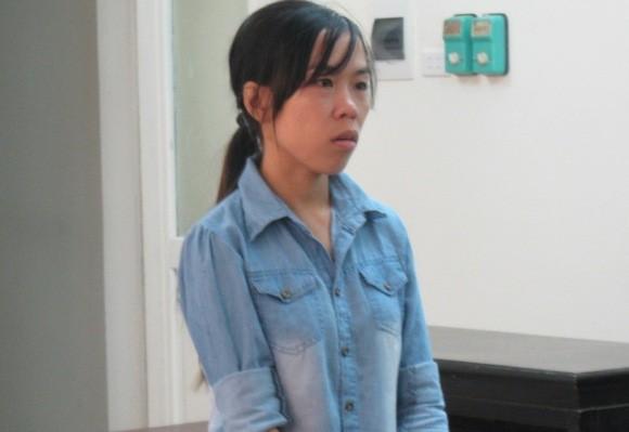 Nữ giúp việc trộm hàng trăm triệu đồng để bao trai và tung tăng mua sắm ảnh 1