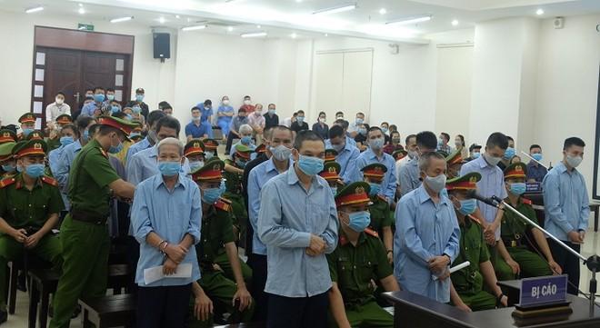 Xét xử vụ án đặc biệt nghiêm trọng tại xã Đồng Tâm: Viện kiểm sát đề nghị áp dụng mức án tử hình đối với 2 bị cáo ảnh 1
