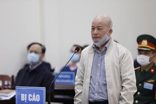Xét xử phúc thẩm cựu Đô đốc Nguyễn Văn Hiến và các bị cáo liên quan ảnh 2