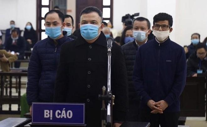 """""""Trùm"""" đa cấp Lê Xuân Giang ngồi tù không xác định ngày về ảnh 2"""