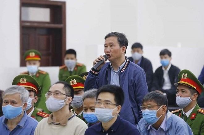 Đang công bố cáo trạng phiên tòa xét xử Trịnh Xuân Thanh và các bị cáo ảnh 1