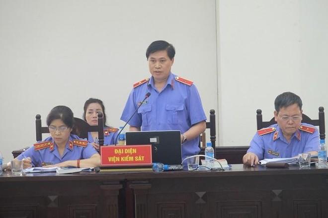 Cựu Bộ trưởng Vũ Huy Hoàng bị đề nghị xử phạt đến 11 năm tù ảnh 1