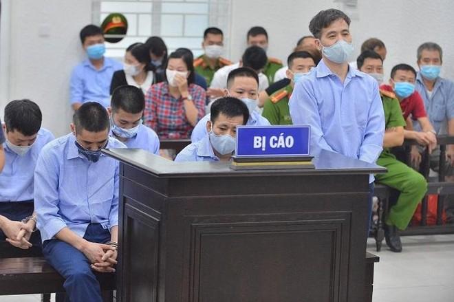 """Nhóm cựu cán bộ Thanh tra Giao thông """"bảo kê"""" xe vi phạm khai thế nào? ảnh 2"""