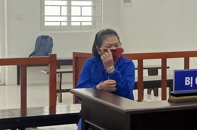 Người đàn bà có tới 7 tiền án tiếp tục lĩnh án ảnh 1