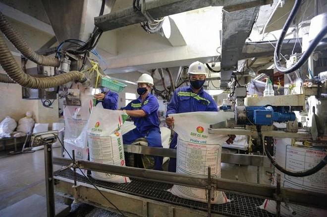 """""""Vắc-xin"""" để Petrovietnam vượt qua khó khăn trong mùa dịch, duy trì hoạt động sản xuất – kinh doanh ổn định, thông suốt ảnh 3"""