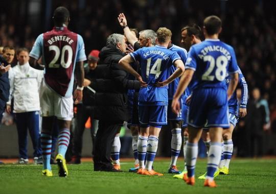 HLV Mourinho chẳng hi vọng Chelsea sẽ vô địch ảnh 1