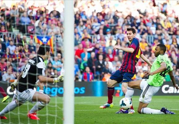 Khoảnh khắc khóc - cười của bóng đá thế giới tuần qua ảnh 1