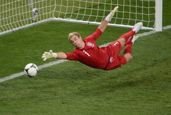 Real Madrid chuẩn bị hỏi mua Joe Hart ảnh 1
