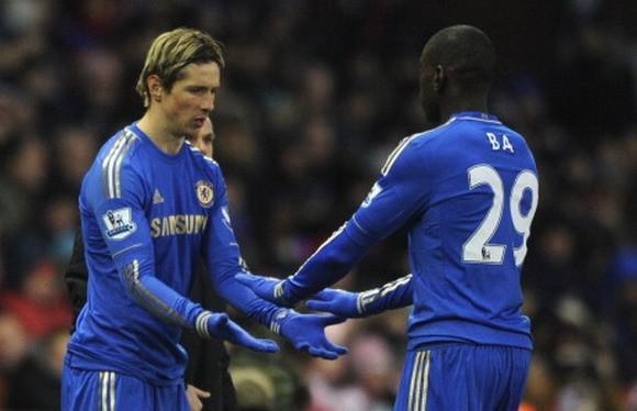Chelsea - Stoke City: Chiến thắng để quên đi nỗi đau ảnh 1