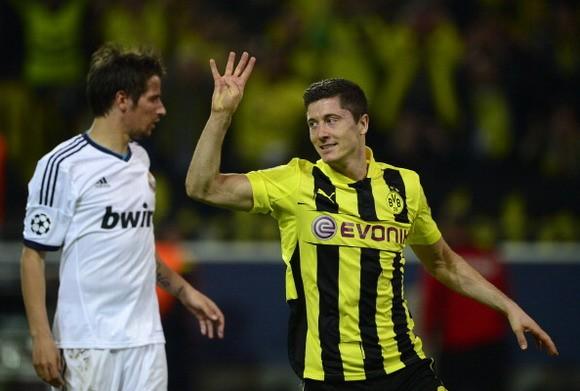 Lewandowski: Có điên mới nghĩ tôi sẽ ghi 4 bàn ảnh 1