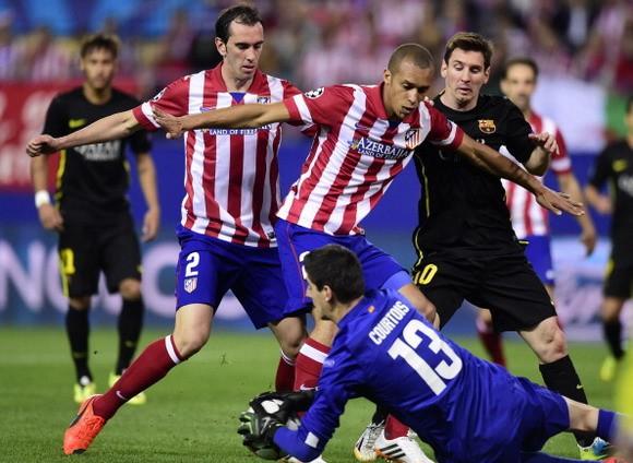 Xavi thất vọng vì hàng công của Barca ảnh 1