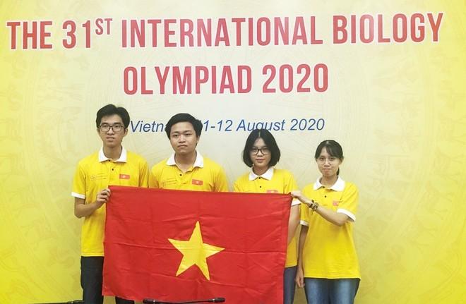 Liên tục đón Huy chương Vàng các kỳ thi trực tuyến Olympic quốc tế ảnh 1