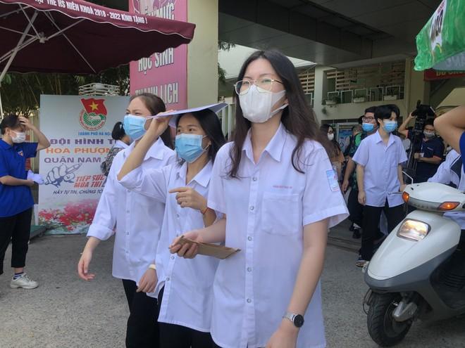 Hôm nay 3-5, học sinh THCS, THPT Hà Nội đi học trở lại ảnh 1