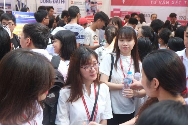 Chi tiết 6.000 chỉ tiêu tuyển sinh vào Đại học Kinh tế quốc dân ảnh 1
