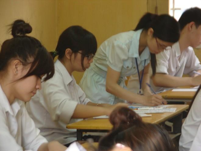 Sẽ có phương án tổng thể ứng phó mọi tình huống của kỳ thi tốt nghiệp THPT 2021 ảnh 1