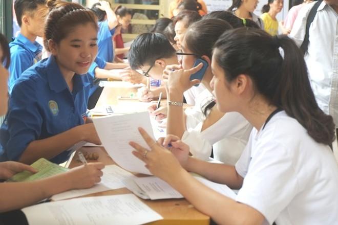 Học phí đại học tăng đồng loạt, Bộ GD-ĐT lên tiếng ảnh 1