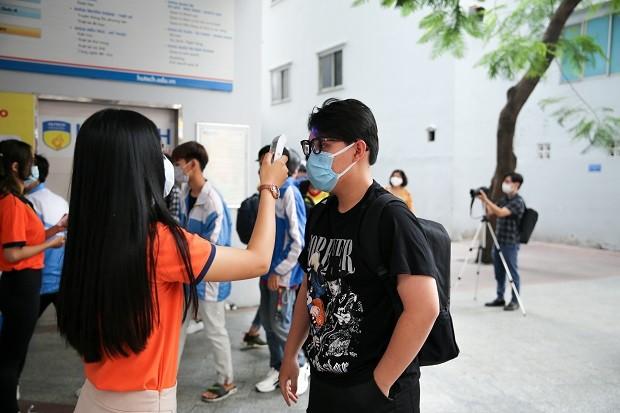 Trường đại học ở Hà Nội dè dặt cho sinh viên đi học trở lại ảnh 1